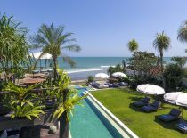 Villa Noku Beach House, Langer Swimmingpool