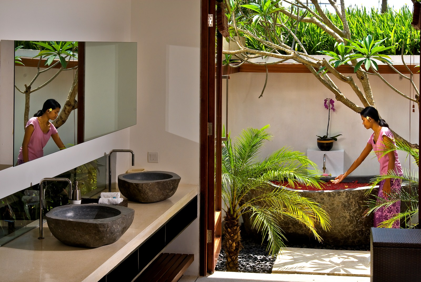 Semi Outdoor Bathroom Bali Luxury Villas