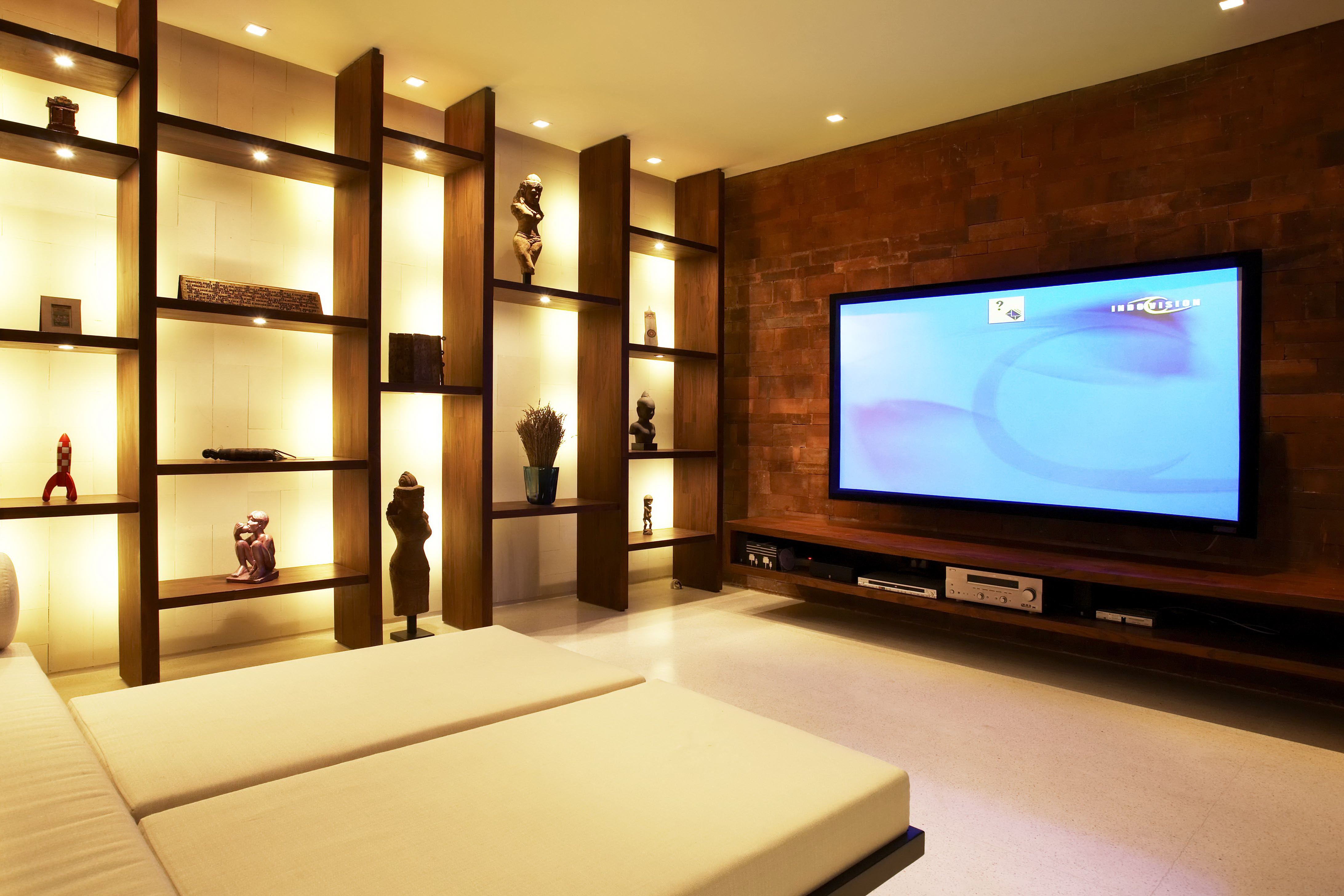 Villa tukad pangi offers a state of the art home theatre for State of the art house designs